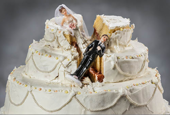 Crushed wedding cake