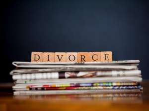 quick divorce spelt with wooden blocks
